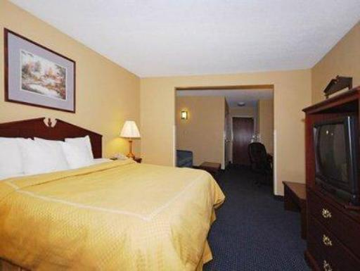 Comfort Suites Hotel hotel accepts paypal in Miamisburg (OH)