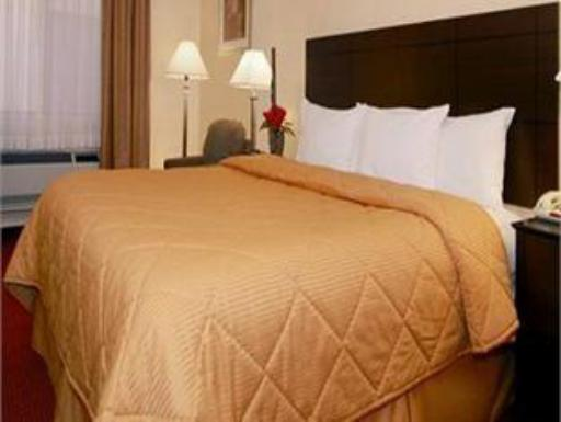 ➦  Choice Hotels    (New Mexico) customer rating