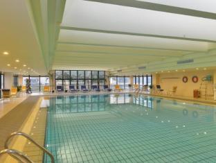 Hotel Equatorial Shanghai Shanghai - Indoor Swimming Pool