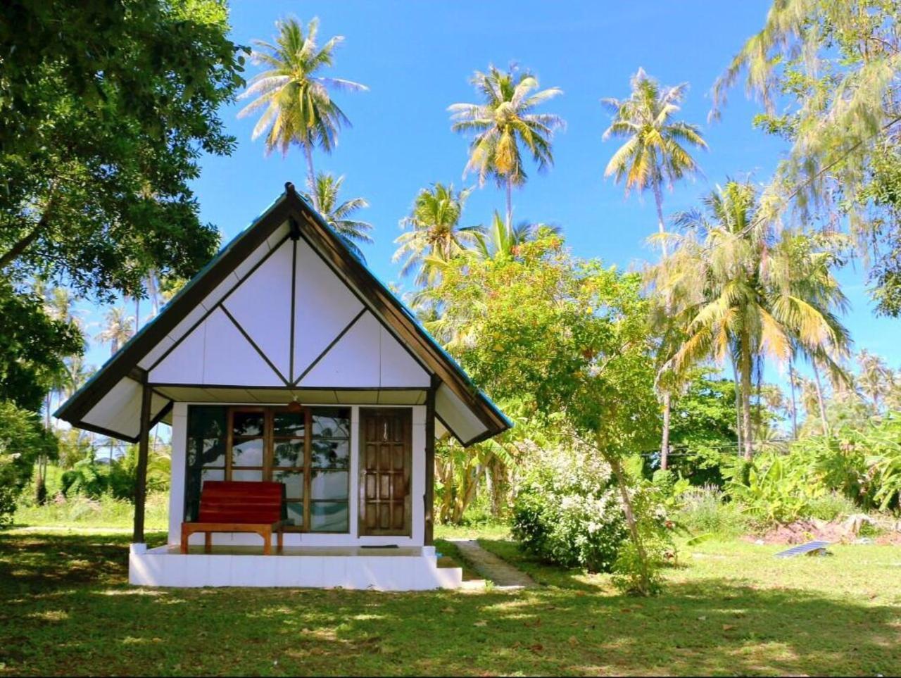 ทะเล ไทม์ เกาะหมาก (Talay Time Koh Mak)