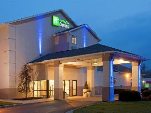 Holiday Inn Express Auburn - Touring Drive