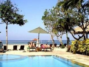 The Benoa Beach Front Villas Bali - Zwembad
