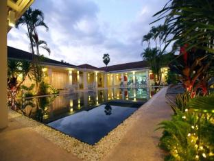 Mercure Vientiane Hotel Vientiane - Outdoor Swimming Pool