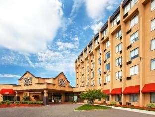 Four Points Hotel in ➦ Meriden (CT) ➦ accepts PayPal