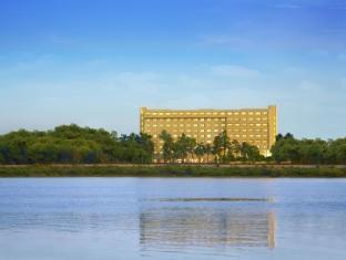 The Gateway Hotel Athwalines - Surat