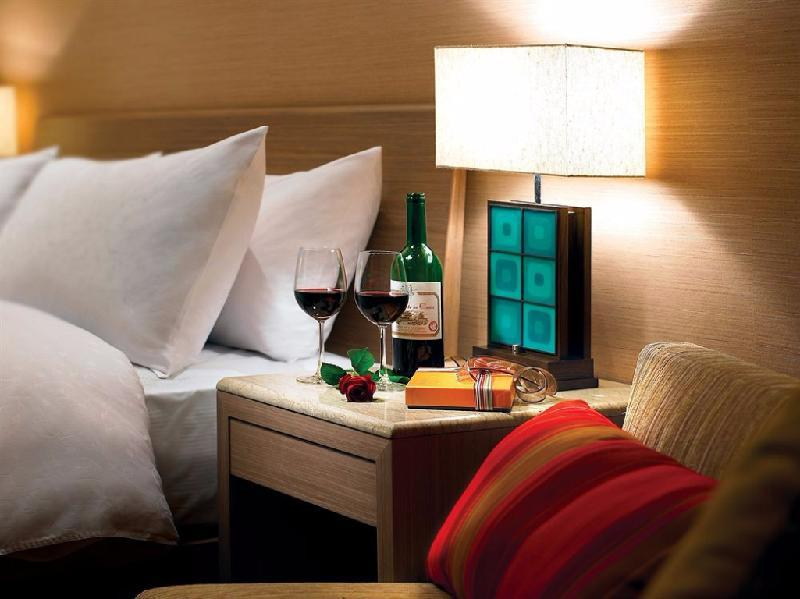 Summit Lake View Suite With Dinner (2 People) 10f