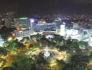 Summit Circle Cebu Cebu City - City View