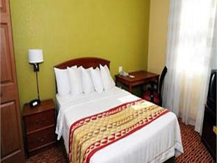 Towneplace Suites By Marriott Miami Lakes Hotel Hialeah (FL) - Guest Room
