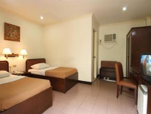 Diplomat Hotel Cebu - Vendégszoba
