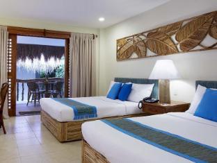 マリバゴ ブルーウォーター ビーチ リゾート (Maribago Bluewater Beach Resort)