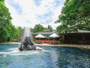 Plantation Bay Resort & Spa Cebu - Swimmingpool