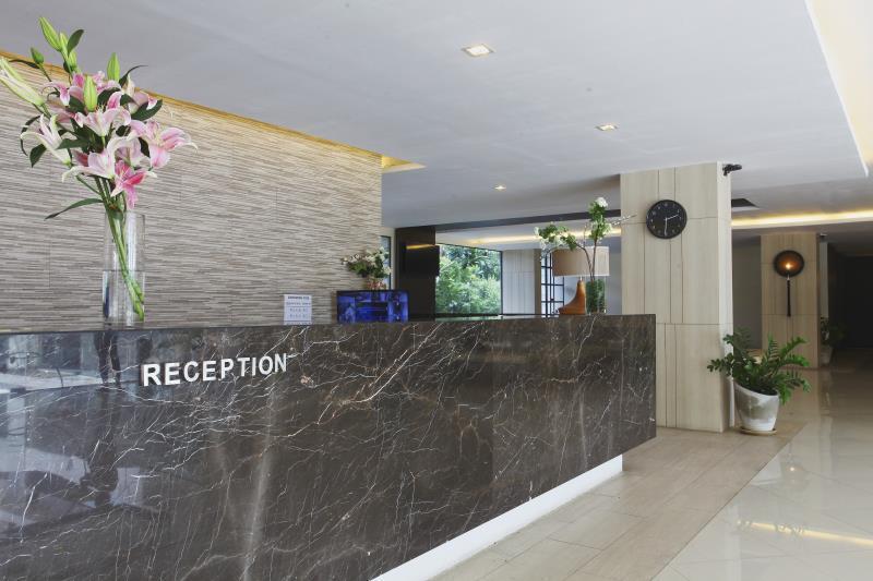 李诺瓦酒店,ลี โนวา โฮเต็ล