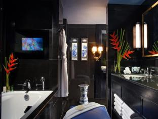 Orchard Hotel Singapore Singapore - Signature Suite Bathroom