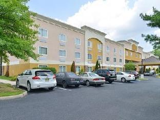 Best guest rating in Tinton Falls (NJ) ➦  takes PayPal