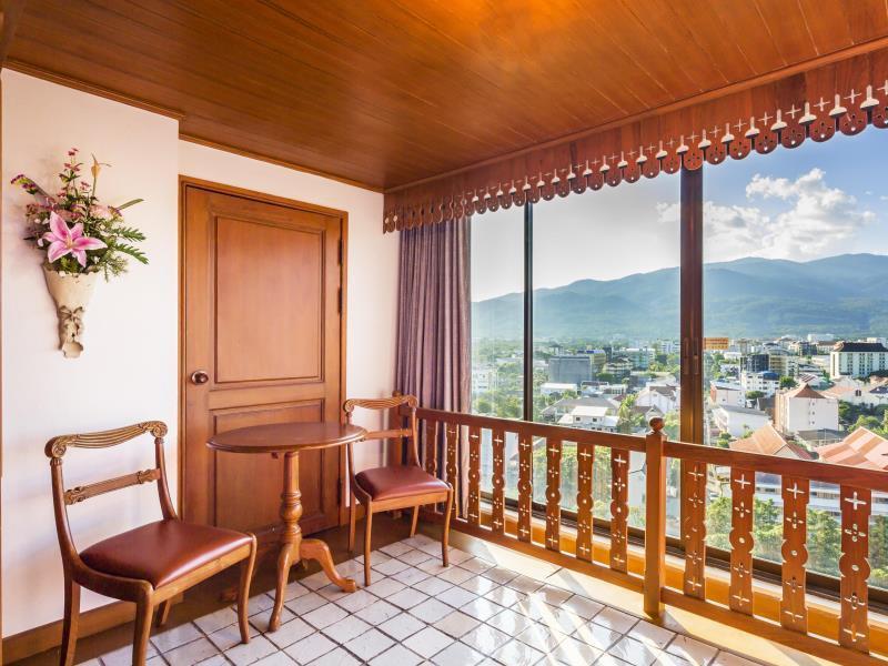莲花酒店,โรงแรมโลตัส ปางสวนแก้ว