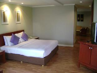 Imperial Hua Hin Beach Resort guestroom junior suite