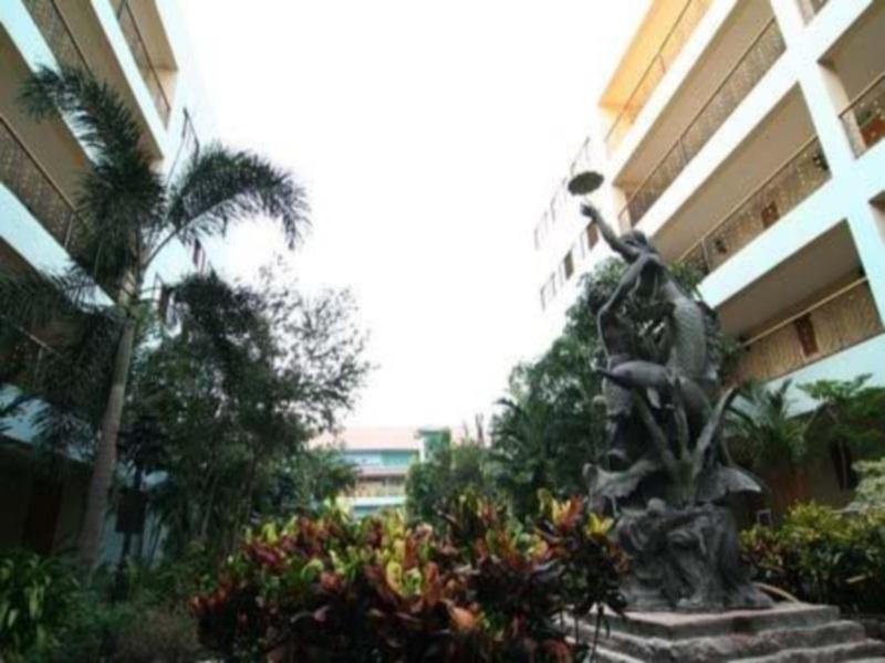 โรงแรม 13 เหรียญ แอร์พอร์ท มีนบุรี