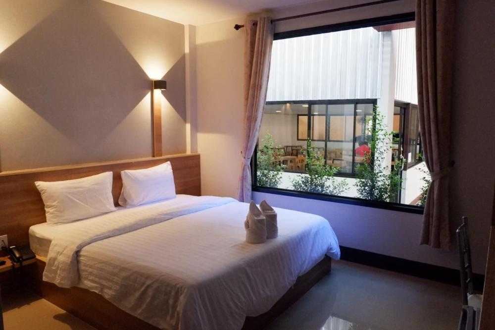 Nakarin Hotel