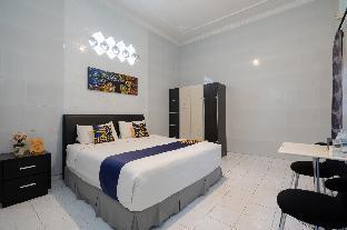 OYO 2073 Guest House Omah Waris