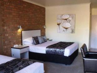 Comfort Inn Peppermill3