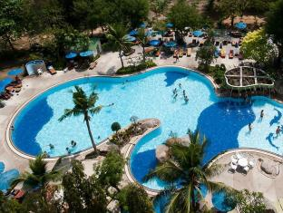 Grand Jomtien Palace Hotel Pattaya - Swimming Pool
