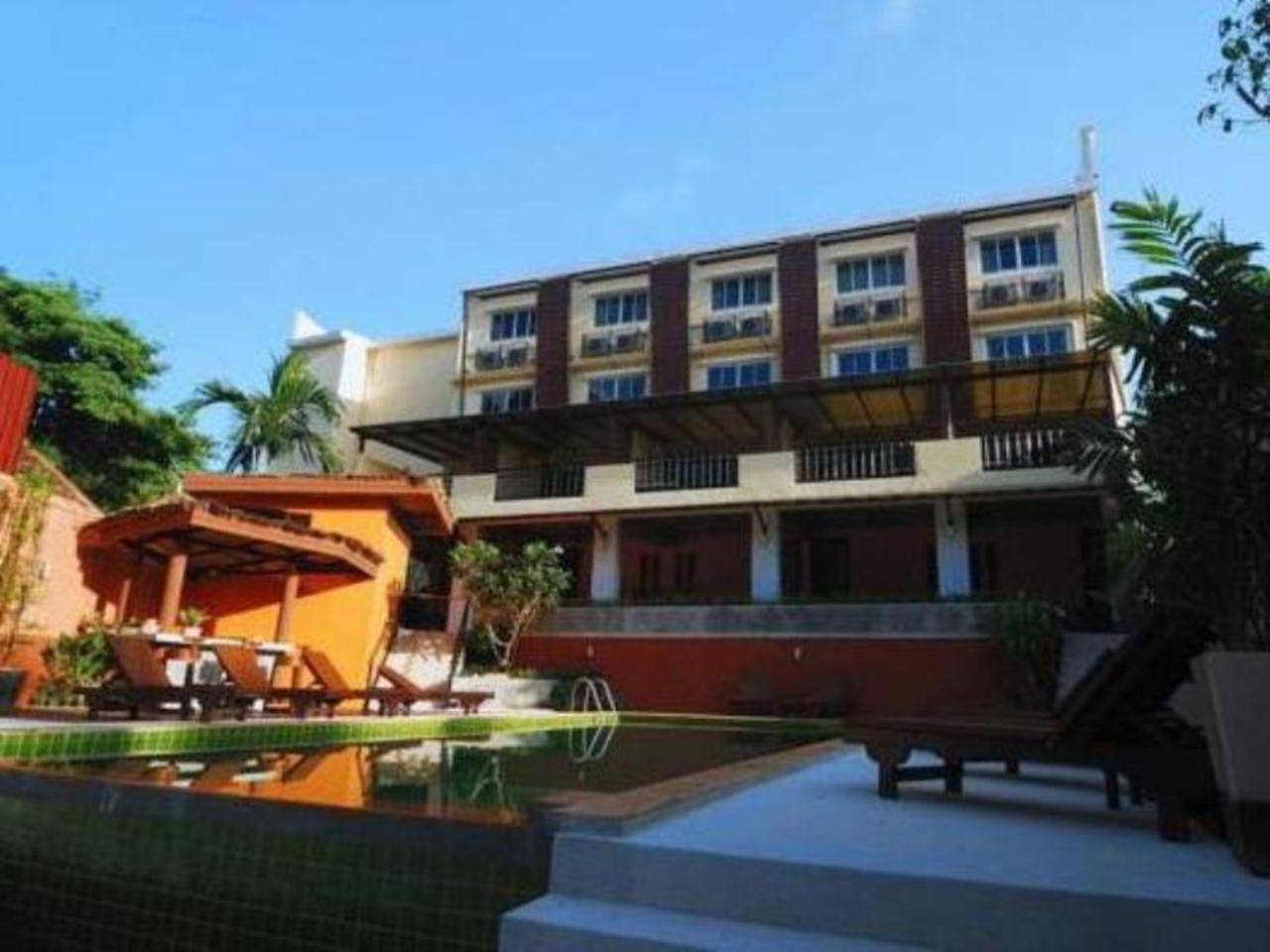 โรงแรมฮาลีวา ซันไชน์ (Haleeva Sunshine Hotel)