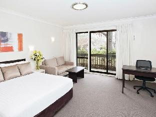 ibis Styles Canberra Tall Trees2