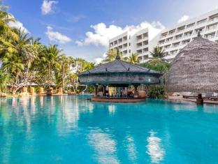 Moevenpick Resort & Spa Karon Beach Phuket פוקט - בריכת שחיה