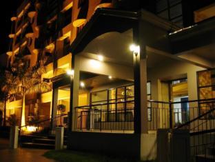 โรงแรมแลนคาสเตอร์ เซบูซิตี้ - ภายนอกโรงแรม