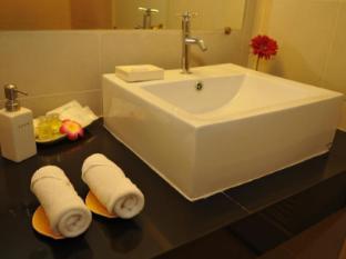 Regent Suvarnabhumi Hotel Bangkok - Restroom
