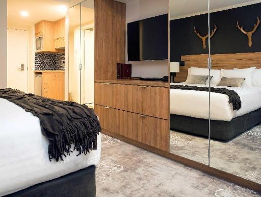 Best guest rating in Merrijig ➦ 187 Merrijig Hotel takes PayPal