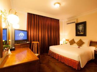 Hotel Majestic Saigon Ho Chi Minh City - Suite City View