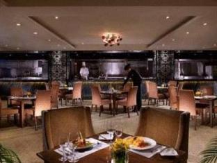 Waldo Hotel Makau - Restoran