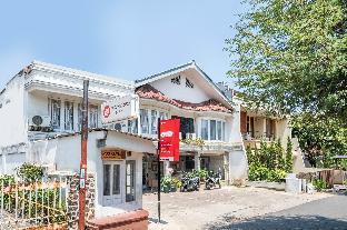 Jl. H. Moh. Iskat No.8, Pasir Kaliki, Cicendo, Kota Bandung, Jawa Barat, Bandung