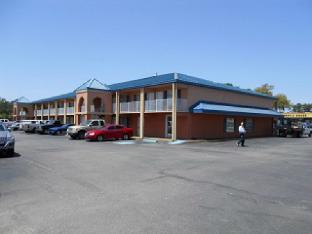 Stay Express Inn and Suites Brunswick