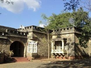 Maneland Jungle Lodge. - Sasan Gir