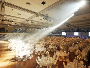 Estrel Hotel Berlin - Convention Hall