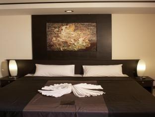 グランドピナクル Grand Pinnacle Hotel