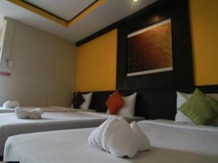Grand Pinnacle Hotel Bangkok - Guest Room