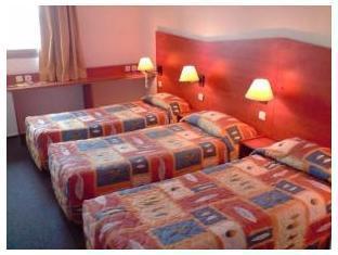 HOTEL & RESIDENCE Calais Car Ferry – Calais 5
