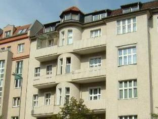 Hotelpension Margrit Berlin - Hotel Aussenansicht