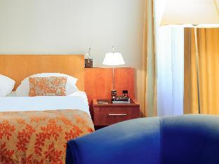 Mercure Hotel & Residenz Berlin Checkpoint Charlie guestroom junior suite