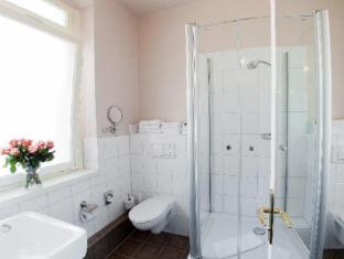 Hotel & Apartments Zarenhof Berlin Prenzlauer Berg Berlin - Bathroom