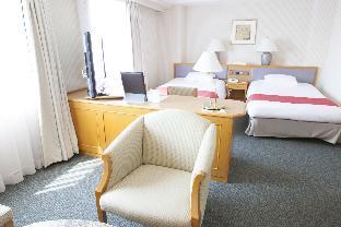 Ramada Hotel Niigata image