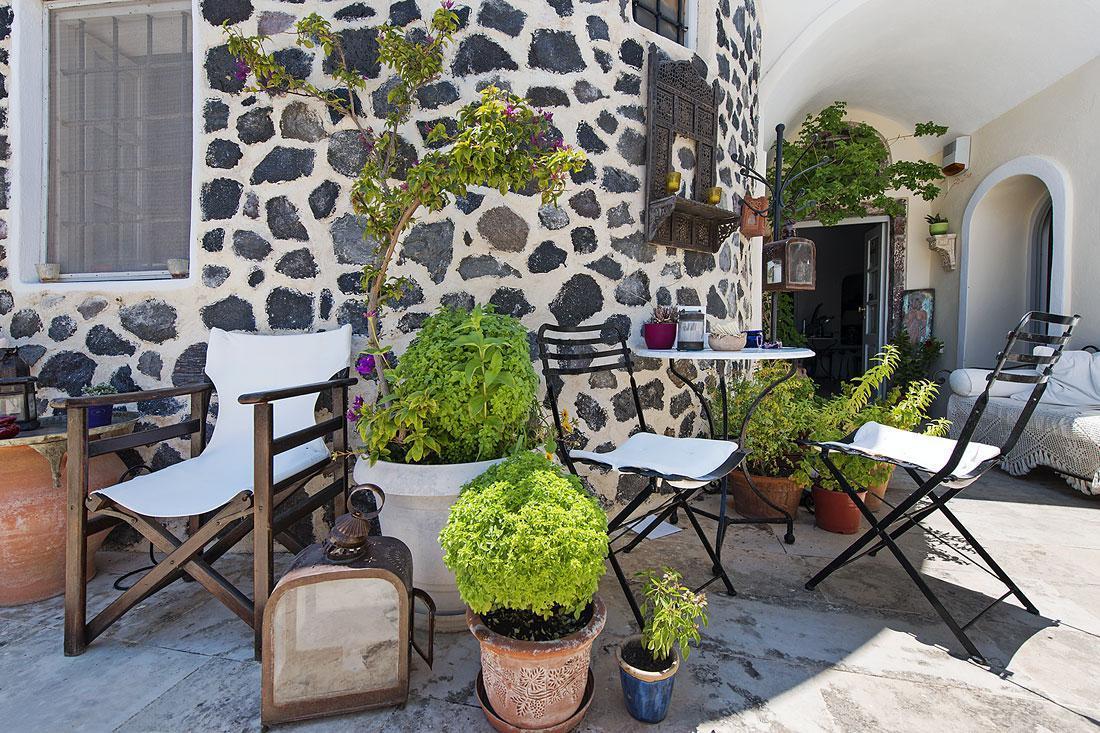 Heliophos Boutique Caves – Santorini 5