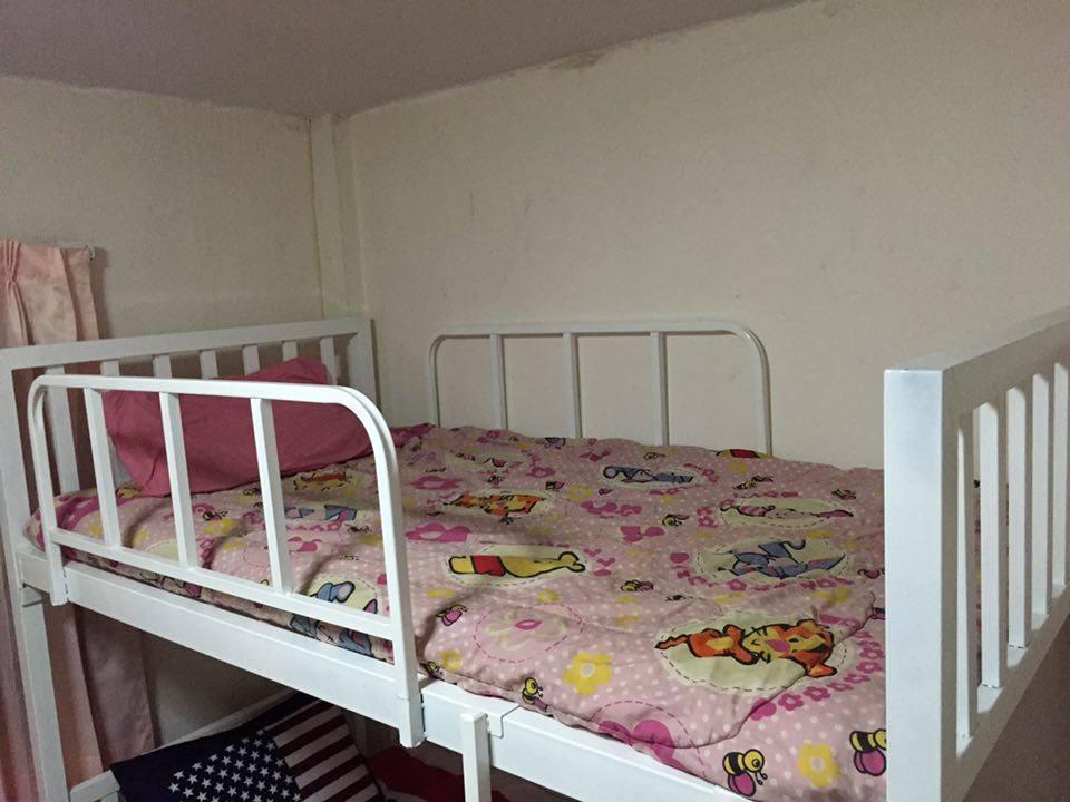 居住房间旅馆,ลีฟวิ่งรูม เกสต์เฮาส์
