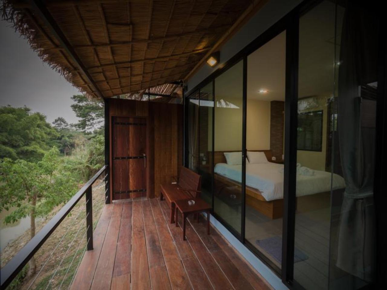 ไหมทอง ริเวอร์ไซด์ (Maithong Riverside)