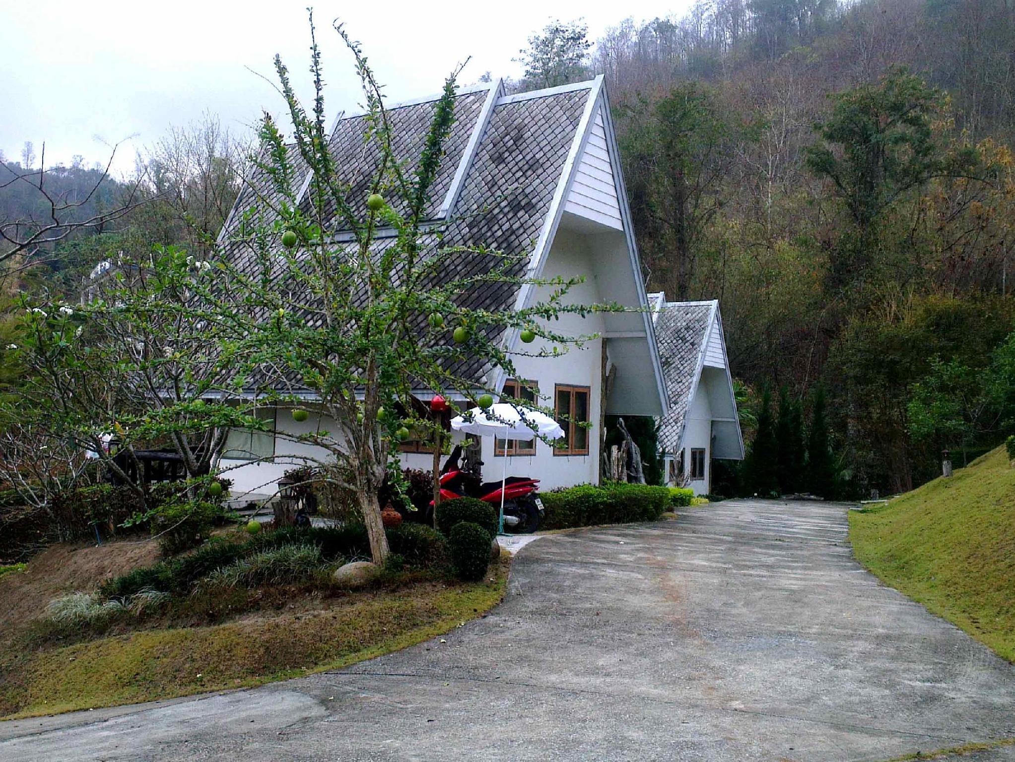 resort ping pana valley hang dong  chiang mai  thailand