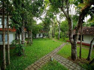 Shanthitheeram Lakeside Heritage Resort