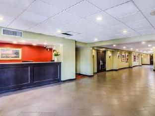 Econo Lodge - South Bend, IN 46637